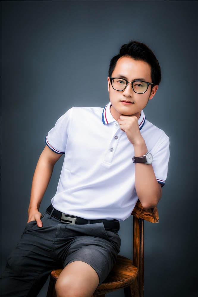 杨石林--资深设计师