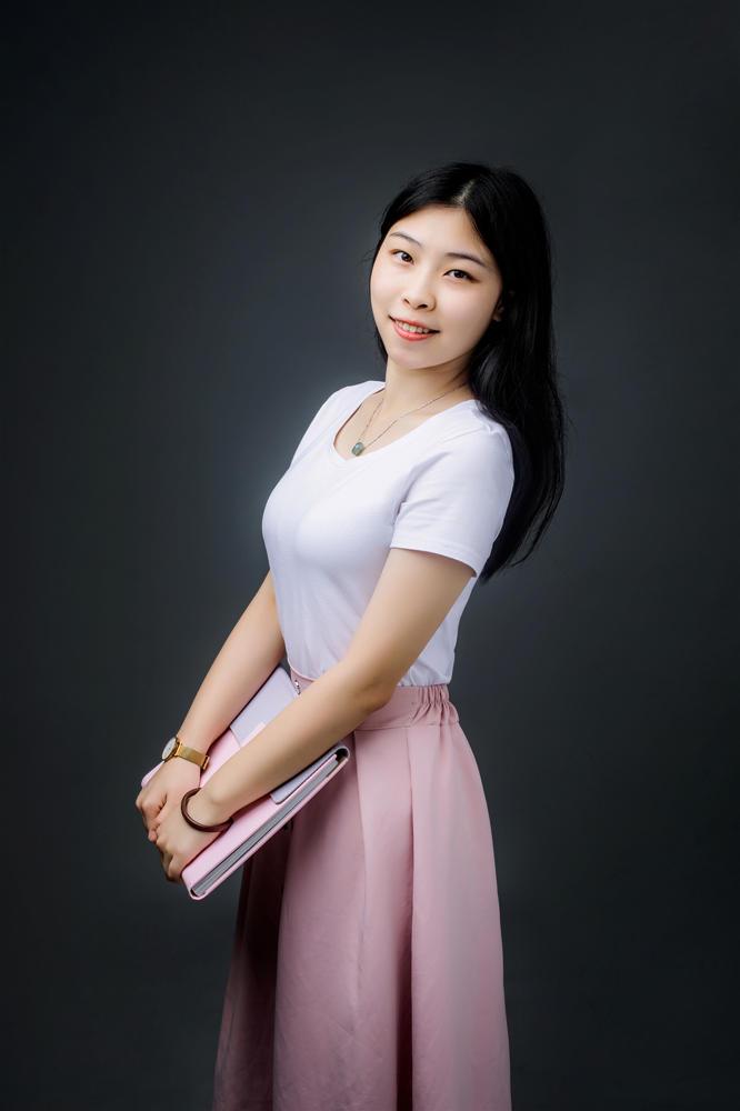 李乐瑶--资深设计师