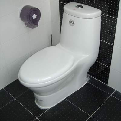 卫生间难闻怎么办